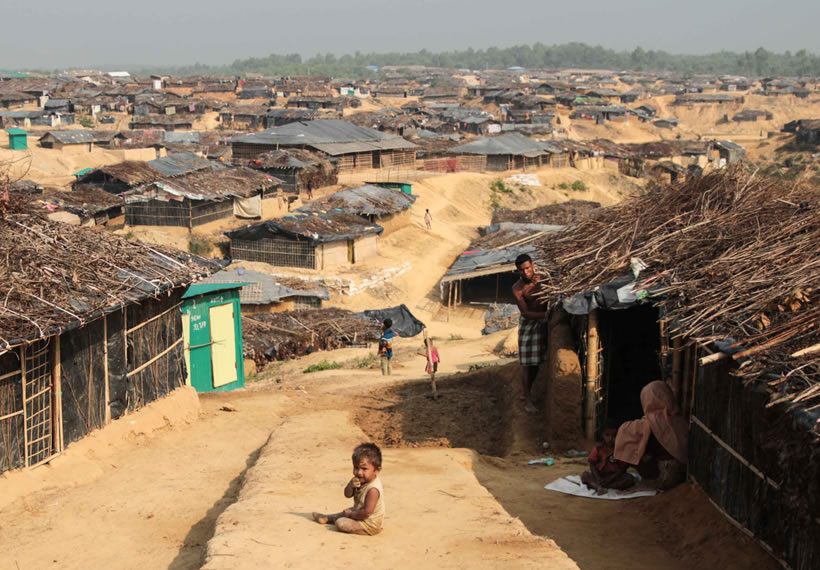 Bangladesh imposes more restrictions on Rohingya refugees