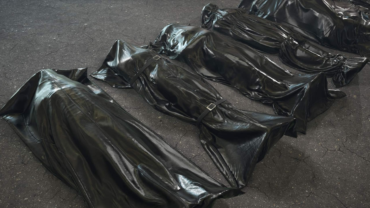 China orders 200,000 body bags from Taiwan