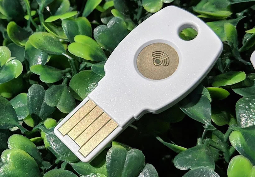 iOS users can now sign-in to Google accounts with USB/NFC security keys