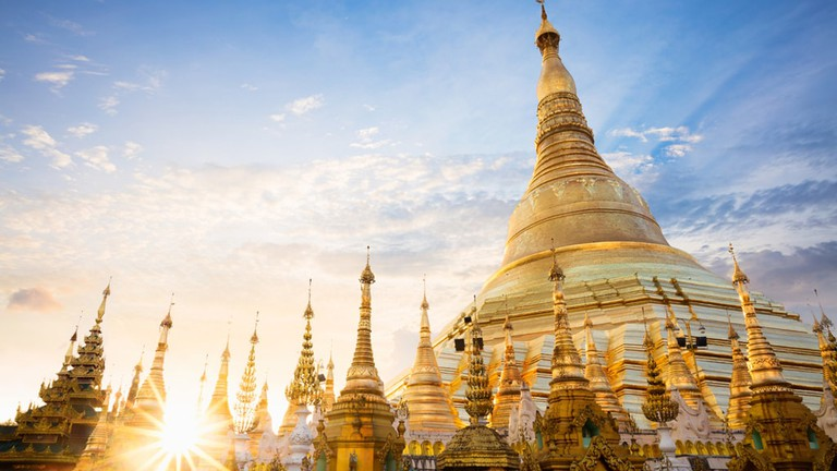 Shwedagon Pagoda can be paid homage online