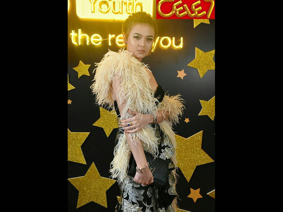 Shwe Hmone Yati at Myanmar Influencer Awards 2017