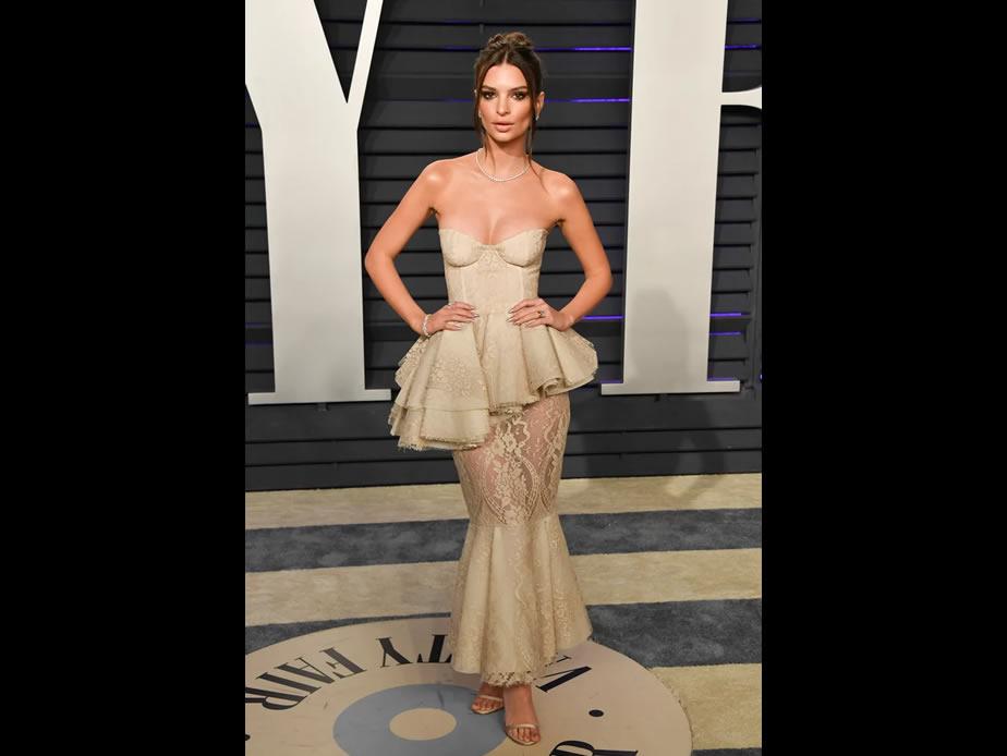Emily Ratajkowski $5,000 Oscars Dress